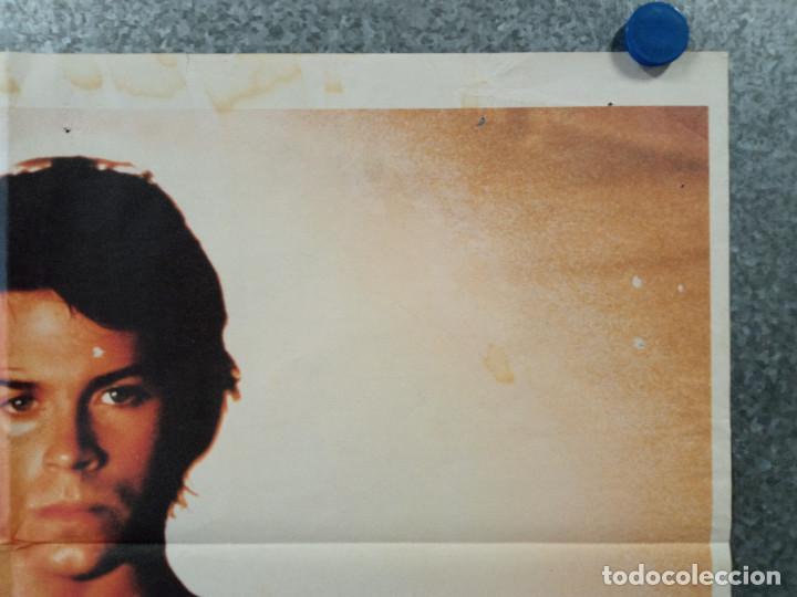 Cine: Forja de campeón, Youngblood. Rob Lowe, Cynthia Gibb, Patrick Swayze. AÑO 1986. POSTER ORIGINAL - Foto 3 - 275528053