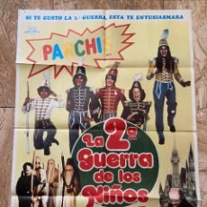 Cine: CARTEL CINE ORIG ESTRENO LA 2ª GUERRA DE LOS NIÑOS (1981) 70X100 / PARCHIS. Lote 277176748