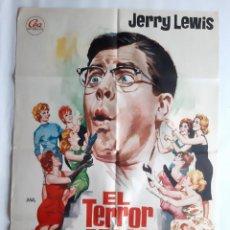 Cine: ANTIGUO CARTEL CINE EL TERROR DE LAS CHICAS JERRY LEWIS 1968 JANO RV P135. Lote 277300648