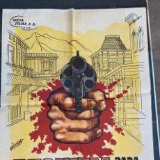 Cine: CARTEL DE CINE REQUIEM PARA UN PISTOLERO 1965 NUEVA FILMS, S.A. CON ROD CAMERO Y MIKE MAZURKI. Lote 277655303