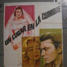Cine: CDO M187 UN LUGAR EN LA CUMBRE SIMONE SIGNORET LAURENCE HARVEY POSTER ORIGINAL ESTRENO 70X100. Lote 287235268