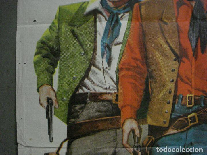 Cine: CDO M197 UNA PISTOLA PARA UN COBARDE FRED MACMURRAY JEFFREY HUNTER CIFESA POSTER ORIG 70X100 ESTRENO - Foto 3 - 287248023