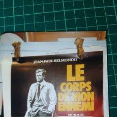 Cine: JEAN PAUL BELMONDO LE CORPS DE MON ENEMI BERNAR BLIER CARTEL PÓSTER AFICHE ORIGINAL 80X60 601. Lote 287484548