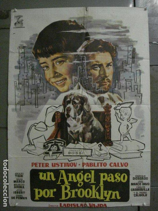 CDO M281 UN ANGEL PASO POR BROOKLYN PABLITO CALVO USTINOV LADISLAO VA POSTER ORIGINAL 70X100 ESTRENO (Cine - Posters y Carteles - Clasico Español)