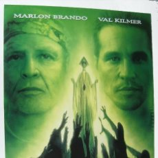 Cine: LA ISLA DEL DOCTOR MOREAU, CON MARLON BRANDO. PÓSTER 67 X 96 CMS.1996.. Lote 288046578
