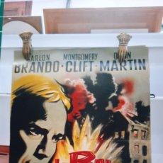 Cine: MARLON BRANDO MONTGIMERY CLIFF LE BAL DES MAUDITS CARTEL PÓSTER AFICHE ORIGINAL. Lote 288326928