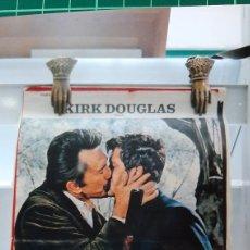 Cine: KIRK DOUGLAS ALEX CORD IRENE PAOAS LES CIRD SICILIENS 59X38.5 786. Lote 288599473