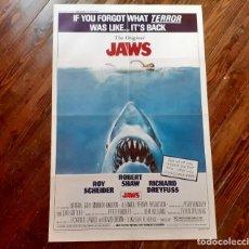 Cine: JAWS (TIBURÓN) CARTEL ORIGINAL USA REPOSICIÓN 1979 DOBLADO Y EN MUY BUEN ESTADO!!!. Lote 289560308