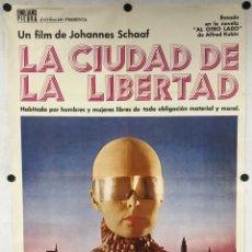 Cine: LA CIUDAD DE LA LIBERTAD. JOHANNES SCHAAF CARTEL PROMOCIONAL DE LA PELÍCULA.. Lote 291322503