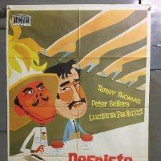 Cine: CDO M948 DESPISTE MINISTERIAL PETER SELLERS TERRY-THOMAS LUCIANA PALUZZI POSTER ORIG 70X100 ESTRENO. Lote 293416958