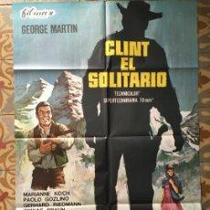 Cine: CLINT EL SOLITARIO GEORGE MARTIN POSTER CARTEL ORIGINAL ESTRENO. Lote 293774213