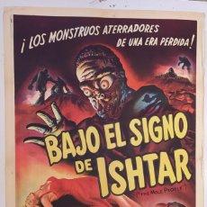 """Cine: """"BAJO EL SIGNO DE ISHTAR"""" (THE MOLE PEOPLE) - PÓSTER ORIGINAL DE CINE 1956. Lote 295831148"""