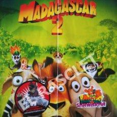 Cine: ANTIGÜO POSTER DE MADAGASCAR 2 DE 42 CM X 60 CM. A DOS CARAS. Lote 295848578