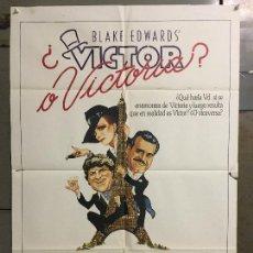 Cine: CDO N318 VICTOR O VICTORIA JULIE ANDREWS BLAKE EDWARDS ROBERT PRESTON POSTER ORIGINAL 70X100 ESTRENO. Lote 296844733