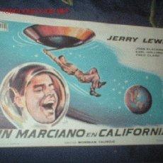 Cine: ANTIGUO FOLLETO PELICULA UN MARCIANO EN CALIFORNIA DE JERRY LEWIS. . Lote 311833
