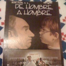 Cine: CARTEL DE 'DE HOMBRE A HOMBRE', CON FERNANDO FERNÁN GÓMEZ. RECORTE DE PRENSA.. Lote 16496629