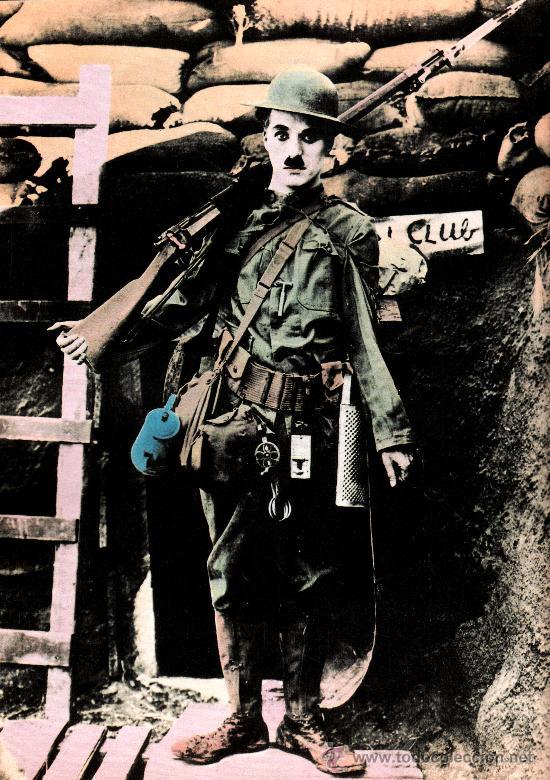 CUADRO EN MADERA DE 40X28 CM: CHARLES CHAPLIN, SOLDADO (Cine - Revistas - Colección grandes películas)
