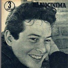 Cine: RADIOCINEMA Nº 353 -27 ABRIL 1957 - PORTADA VICENTE PARRA - CONTRAPORTADA BARBARA LANG. Lote 38401636