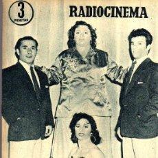 Cine: RADIOCINEMA Nº 334 - 15 DICIEMBRE 1956 - PORTADA LES NAJARRO - CONTRAPORTADA AUDREY HEPBURN . Lote 38401710