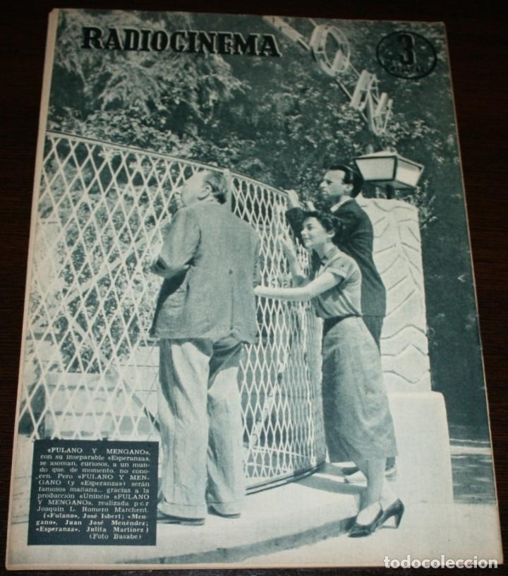 Cine: RADIOCINEMA Nº 276 - 5-XI-1955 - PORTADA: GUSTAVO ROJO - CONTRA: JOSÉ ISBERT, JULITA MARTINEZ - Foto 2 - 84668428