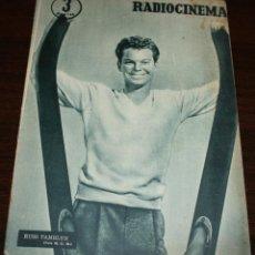 Cine: RADIOCINEMA Nº 263 - 6-VIII-1955 - PORTADA: RUSS TAMBLYN - CONTRA: MAMIE VAN DOREN. Lote 84669464