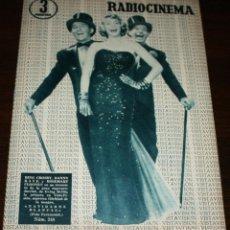 Cine: RADIOCINEMA Nº 248 - 23-IV-1955 - PORTADA: BING CROSBY, DANNY KAYE... - CONTRA: EDMUND PURDOM. Lote 84684760