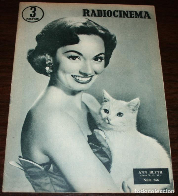 RADIOCINEMA Nº 256 - 18-VI-1955 - PORTADA: ANN BLYTH - CONTRA: GIG YOUNG (Cine - Revistas - Radiocinema)