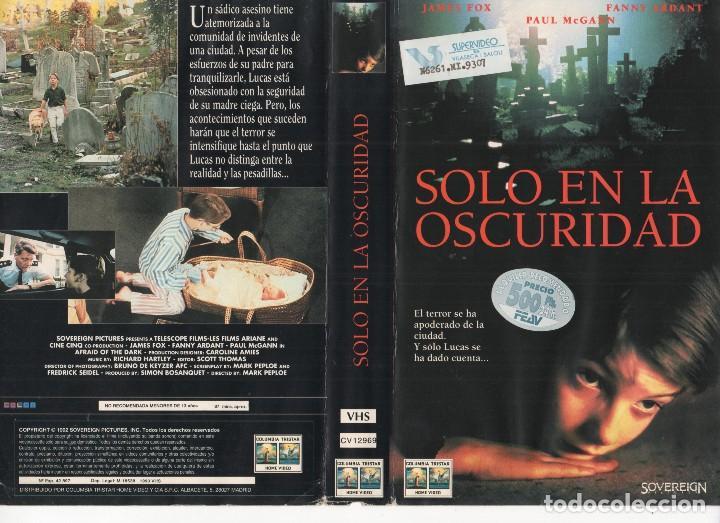 - CARATULA A4 - SOLO EN LA OSCURIDAD (Cine - Revistas - Otros)