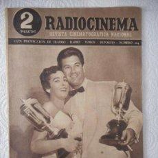 Cine: RADIOCINEMA Nº 204 - 19-6-1954-. PORTADA AURORA BAUTISTA Y JOSÉ SUÁREZ. CONTRAPORTADA JEFF CHANDLER. Lote 96175787