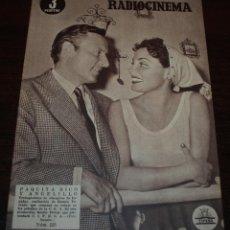 Cine: RADIOCINEMA Nº 225 - 13/11/1954 - EN PORTADA/CONTRAPORTADA: PAQUITA RICO, ANGELILLO/PAUL HENREID. Lote 99856107