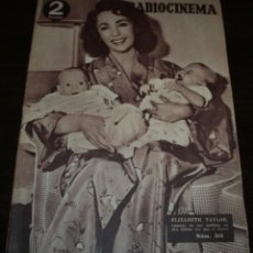 Cinema: RADIOCINEMA Nº 215 - 4/09/1954 - EN PORTADA/CONTRAPORTADA: ELISABETH TAYLOR/EZIO PINZA. Lote 99899275