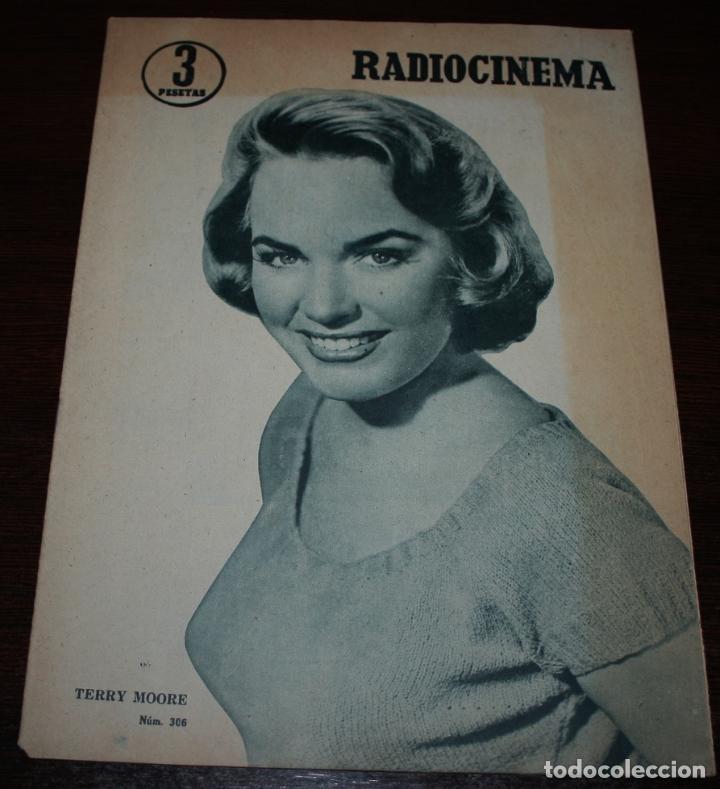 RADIOCINEMA Nº 306 - 2/06/1956 - EN PORTADA/CONTRAPORTADA: TERRY MOORE/VITTORIO DE SICA (Cine - Revistas - Radiocinema)