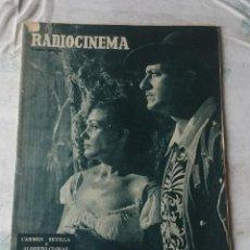 Cine: RADIOCINEMA: NÚMERO 284 (31 DE DICIEMBRE DE 1955). PORTADA: CARMEN SEVILLA Y ALBERTO CLOSAS. Lote 116494227