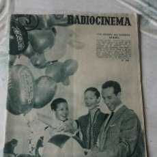 Cine: RADIOCINEMA: NÚMERO 309 (23 DE JUNIO DE 1956). PORTADA: CARMEN SEVILLA Y RICARDO MONTALBAN. Lote 116494303