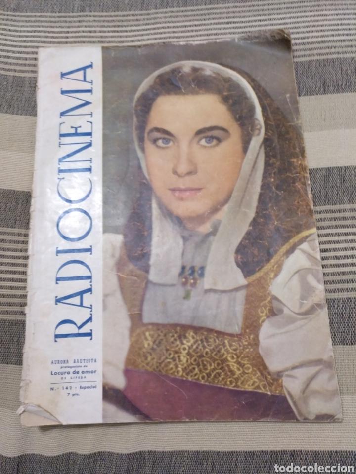DOS REVISTAS RADIOCINEMA Y UNA SIN TAPAS. ANTIGUAS (Cine - Revistas - Radiocinema)