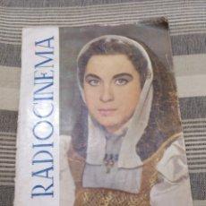 Cine: DOS REVISTAS RADIOCINEMA Y UNA SIN TAPAS. ANTIGUAS. Lote 121413634