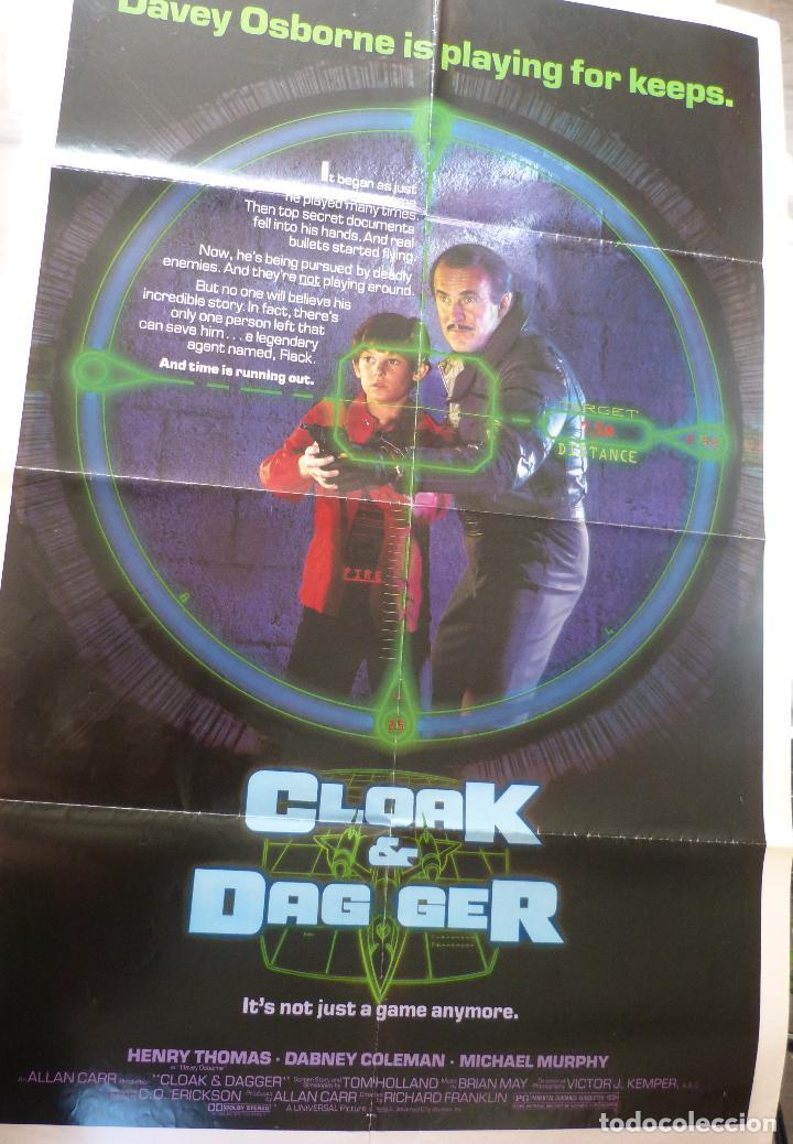 PÓSTER ORIGINAL DE LA PELÍCULA CLOAK & DAG GER, DOBLADO, 27 X 41, USA, 1984 (Cine - Revistas - Cine Mundial)