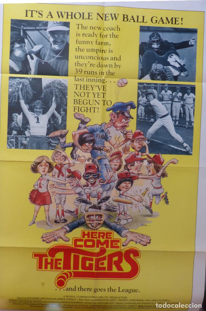 PÓSTER DE LA PELÍCULA HERE COME THE TIGERS , 1978 27X 41 PULGADAS, ORIGINAL, DOBLADO (Cine - Revistas - Cine Mundial)