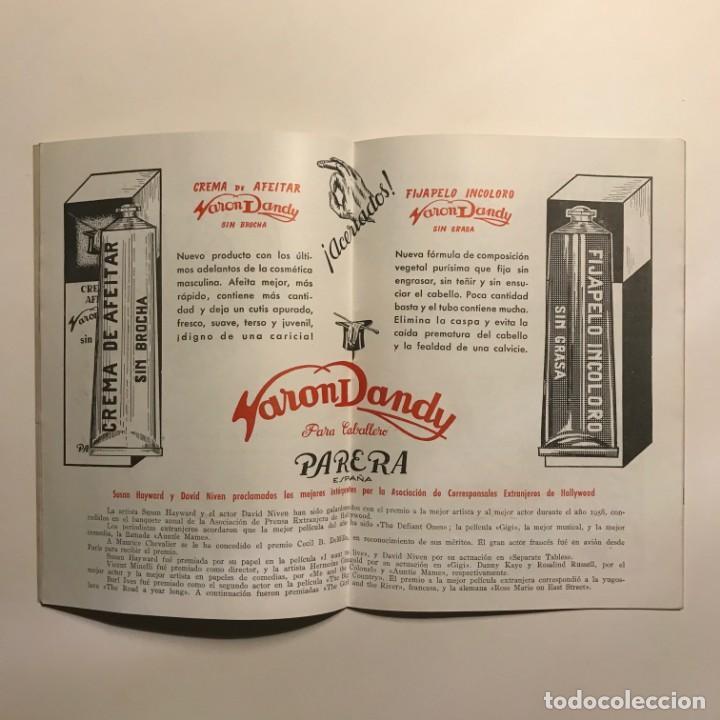 Gigante, con James Dean. Revista Coliseum 32 páginas. 15x21,5 cm - 149279922