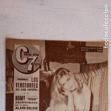 Cine: CINE EN SIETE DÍAS Nº 148 - 1964 - LOS BEATLES, ROMY SNEIDER, SARA MONTIEL, PILI Y MILI, MARISOL. Lote 156297338