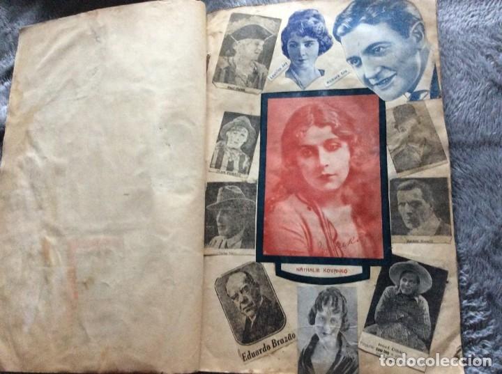 Cine: Ejemplar con recortes de revistas de las décadas de 1920 a 1930, con imágenes de artistas de cine - Foto 2 - 177174752
