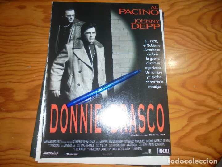 RECORTE : PUBLICIDAD PELICULA : DONNIE BRASCO. AL PACINO, JOHNNY DEPP . IMAGENES, ABRIL 1977 (Cine - Revistas - Imágenes de la actualidad)
