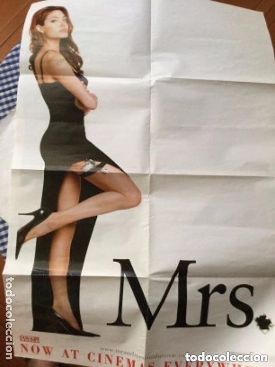 Cine: Cartel news of the world - Mr. And Mrs. -año 2005 -84x56 cm. - doble cara - Foto 1 - 204976406