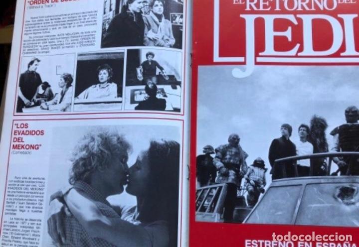 Cine: TRAVELLING NEWS (1983). EL AÑO JEDI. ESTRENO EL RETORNO DEL JEDI, POSTER DE DOBLE PÁGINA EN B/N. - Foto 2 - 211522067