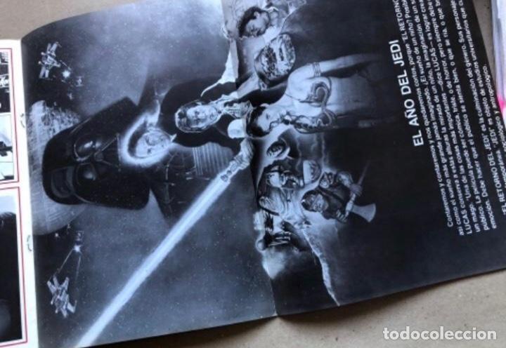 Cine: TRAVELLING NEWS (1983). EL AÑO JEDI. ESTRENO EL RETORNO DEL JEDI, POSTER DE DOBLE PÁGINA EN B/N. - Foto 3 - 211522067