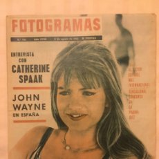 Cine: FOTOGRAMAS Nº 766 AGOSTO 1963 JOHN WAYNE CATHERINE SPAAK. Lote 217532016