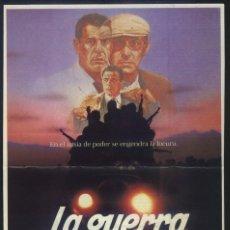 Cine: P-10397- LA GUERRA DE LOS LOCOS (RECORTE DE PRENSA 19X28) JOSÉ MANUEL CERVINO - JUAN LUIS GALIARDO. Lote 235302260