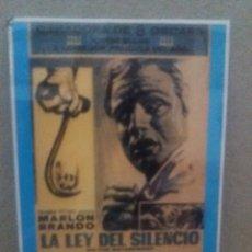 Cinema: LA LEY DEL SILENCIO. Lote 240087870