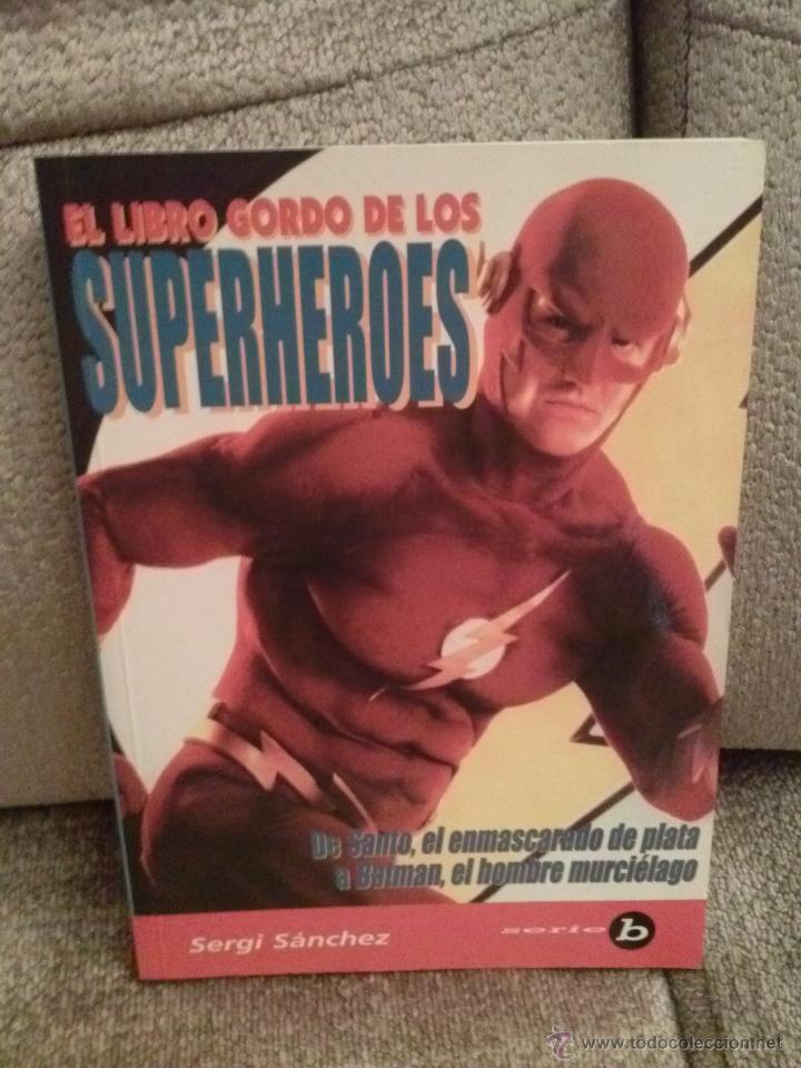 LIBRO SUPERHEROES (Cine - Varios)
