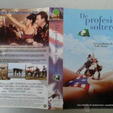 Cinéma: SOLO CARATULA VIDEO VHS - DE PROFESION SOLTEROS. Lote 52167459